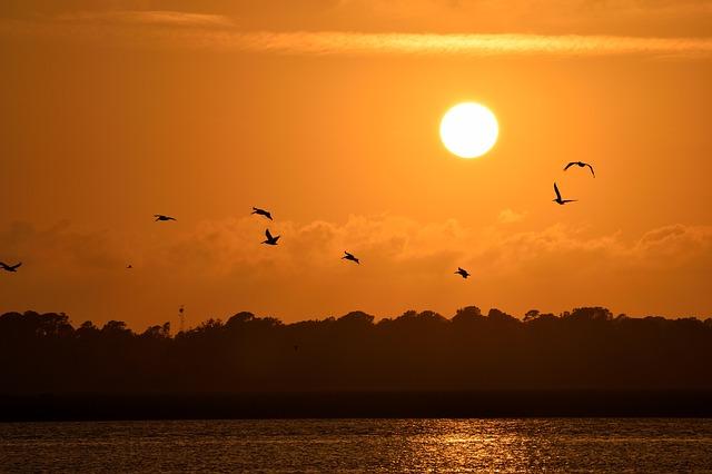 sunset-1791441_640